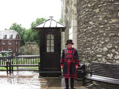 Befeeater traje Torre de Londres Inglaterra