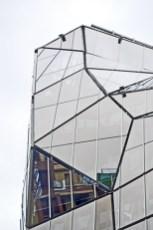 Cristal arquitectura efímera geométrica edificio centro histórico Bilbao