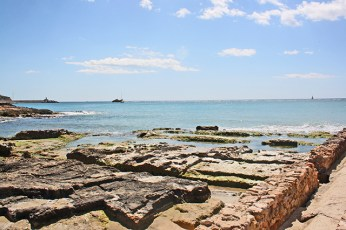 Baños de la Reina yacimiento arqueológico playa Calpe