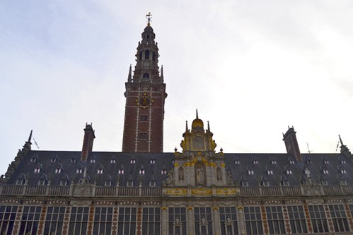 Fachada barroca dorado Universidad Lovaina Bélgica
