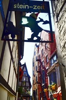 Rótulos oficios tiendas tradicionales calles Schnoor Bremen Alemania