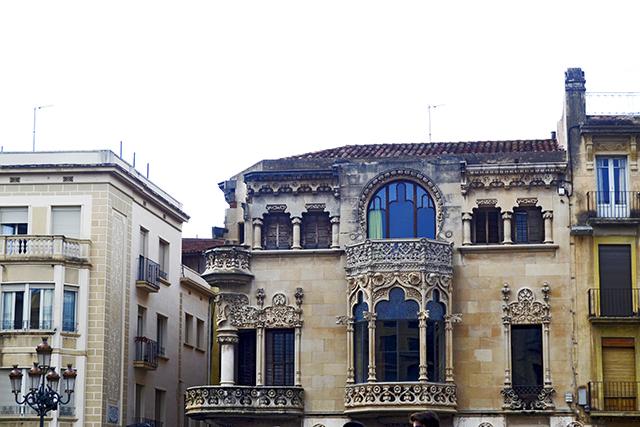 Fachada Casa Navas Modernismo centro histórico Reus