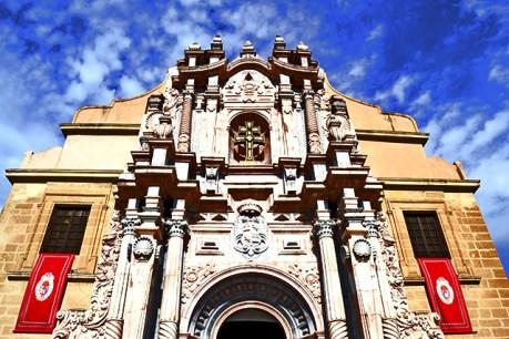 El templo de la fe de la ciudad santa de Caravaca de la Cruz recibe con entusiasmo nuestra visita