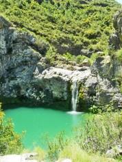 Gaudint de lespectacular cascada de Vall de lEncanta