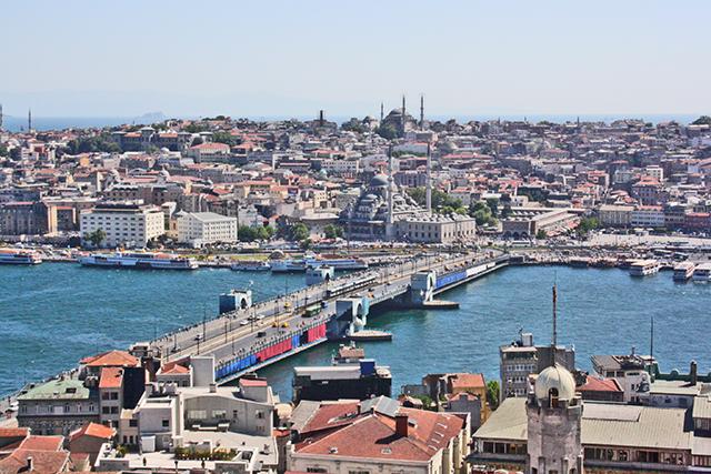 Vistas puente de Galata Eminonu Estambul