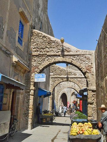 Bab Doukkala calles medina Essaouira
