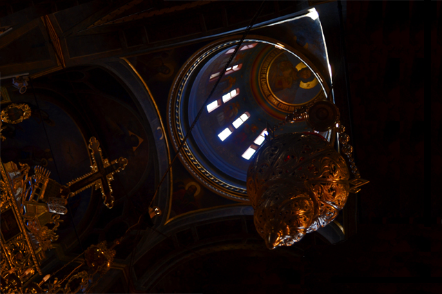 Cúpula interior y mosaicos Monasterio Domneasca Bucarest