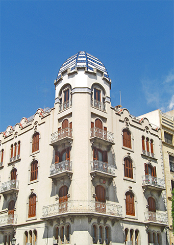 Fachada torre Casa Palau centro histórico Elche