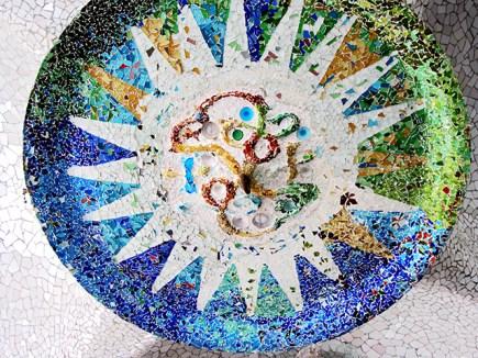 Mosaico modernismo Antoni Gaudí Parque Güell Barecelona