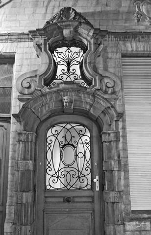 Puerta modernista Art Nouveau Bruselas