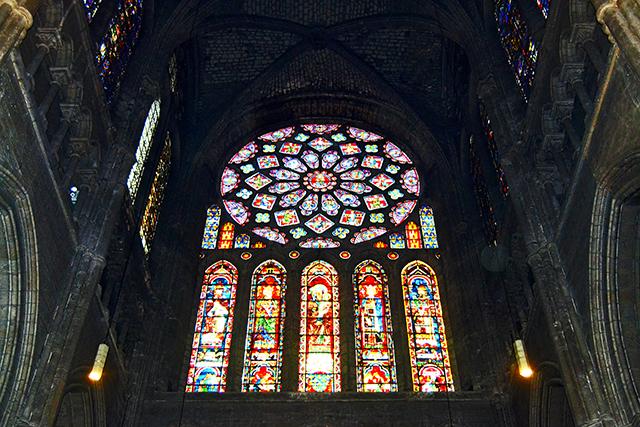 Vidrieras Gótico ventanas color Glorificación virgen Catedral Chartres