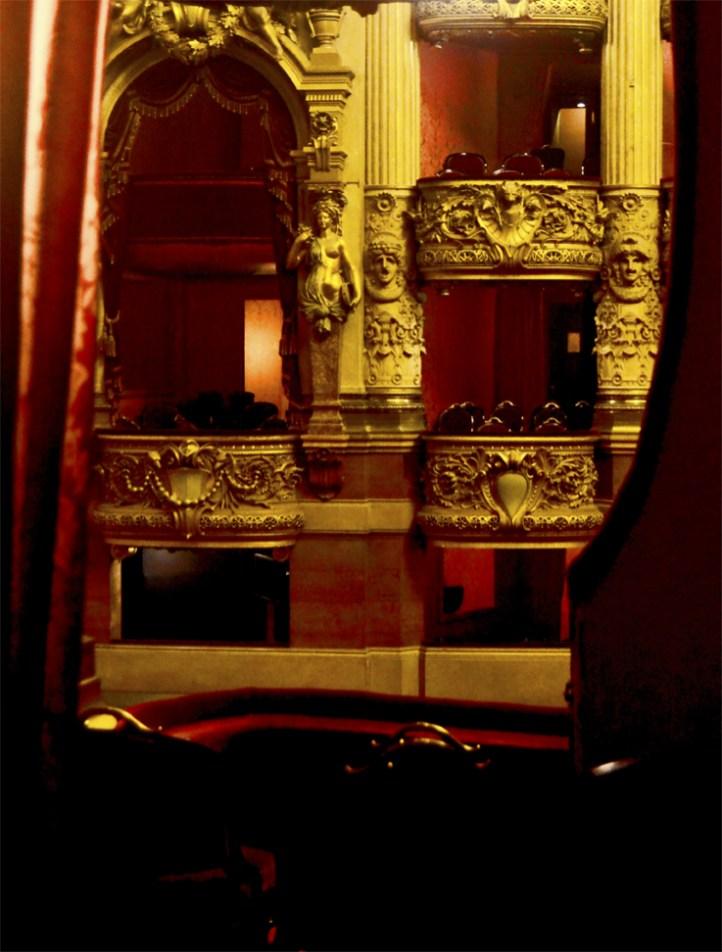 Vistas interior palco decoración oro Ópera Garnier París