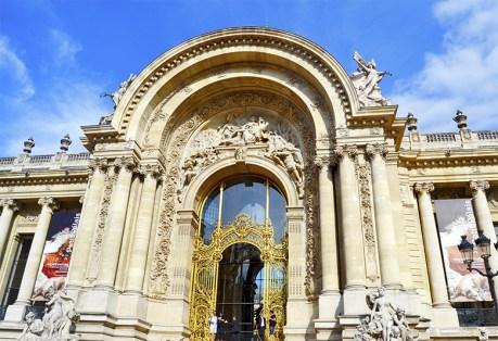 Fachada entrada barroca Petit Palais París