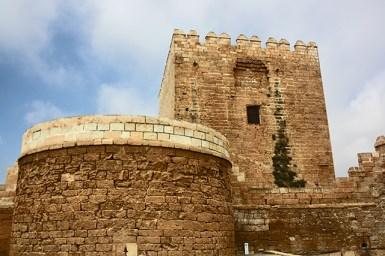 Estructura piedra murallas torre Alcazaba Almería