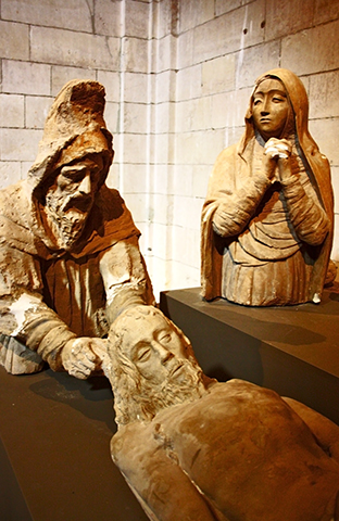 Figuras religiosas Cristo tumbado Monasterio Uclés Cuenca