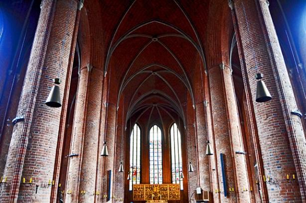 Interior pilares altar mayor Marktkirche Hannover