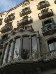 Ventanas balcones mansión modernismo Paseo de Gracia Barcelona