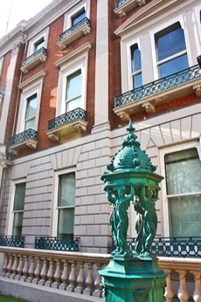 Escultura Marquis entrada Wallace Collection Londres