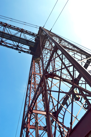 Detalles acero metal puente colgante Bizcaia País Vasco