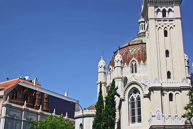 Cúpula Parroquia San Manuel y San Benito calle Alcalá Madrid