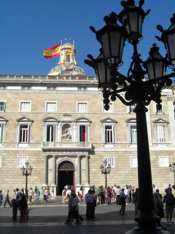 Farola palau Generalitat Plaça Sant Jaume Barcelona