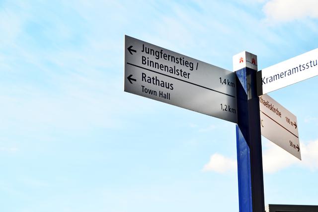 Señal turismo alemán calles Hamburgo