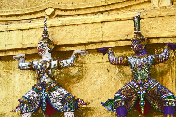 Ramakien chedi torre dorada Bangkok