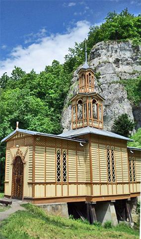 Iglesia madera parque nacional Ojcow Polonia