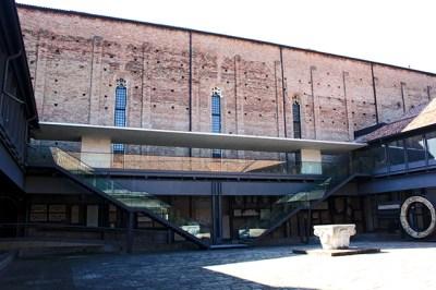 Interior patio Museo Eremitani Padua