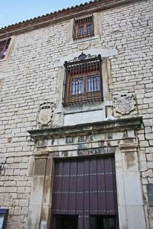Fachada piedra nobleza centro histórico Jaén
