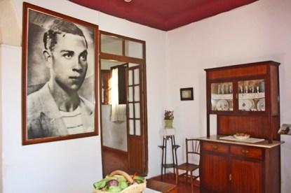 Retrato Miguel Hernández cocina Casa Natal poeta Orihuela Alicante