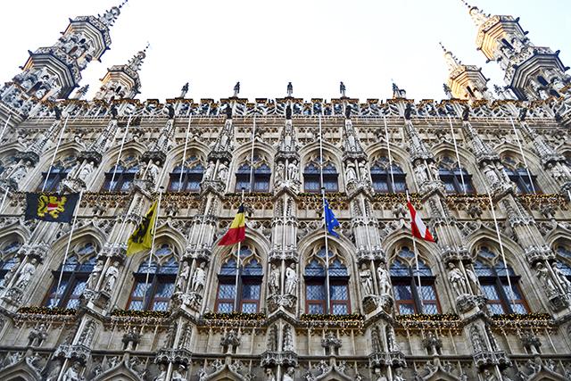 Fachada ayuntamiento Lovaina Flandes Bélgica