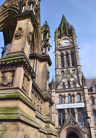 Torre reloj ayuntamiento Albert Square Manchester