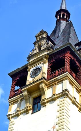 Torre reloj Castillo Peles Sinaia Rumanía