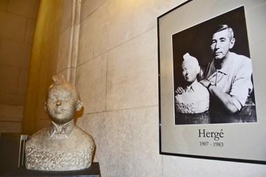 Tintín escultura Hergé Museo del Cómic Bruselas