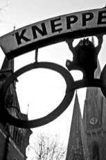 Señal muñeco colgado Kneppe calle Oldenburg Alemania