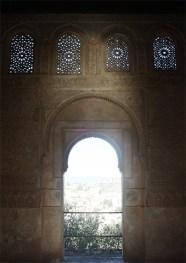 Ventana arco vistas Granada Alhambra