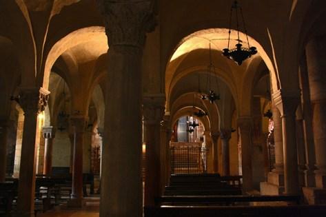 Capilla cripta interior San Zeno Maggiore di Verona