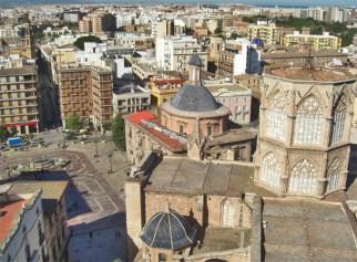 Vistas Micalet Plaça Mare de Déu Basílica Desamparados Valencia