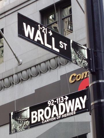 Wall street Broadway señal calle Nueva York