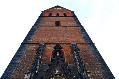Picado Iglesia ladrillo rojo centro histórico Hannover Alemania