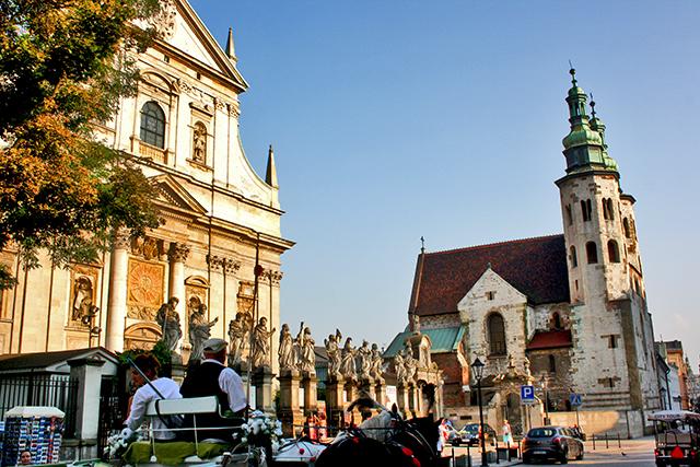 Plaza Iglesia de San Pedro y San Pablo Cracovia