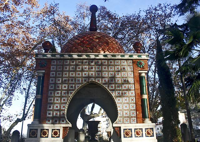 Decoración puerta andaluza centro histórico Xàtiva Valencia