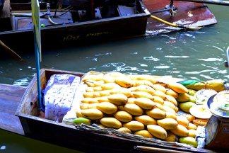 Mangos barca venta mercado flotante Bangkok