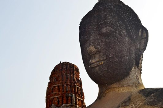 Cabeza buda mazorca maíz Parque Histórico Ayutthaya