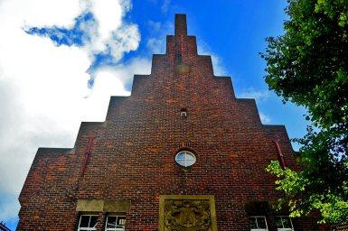Edificio fachada escalonada Alkmaar
