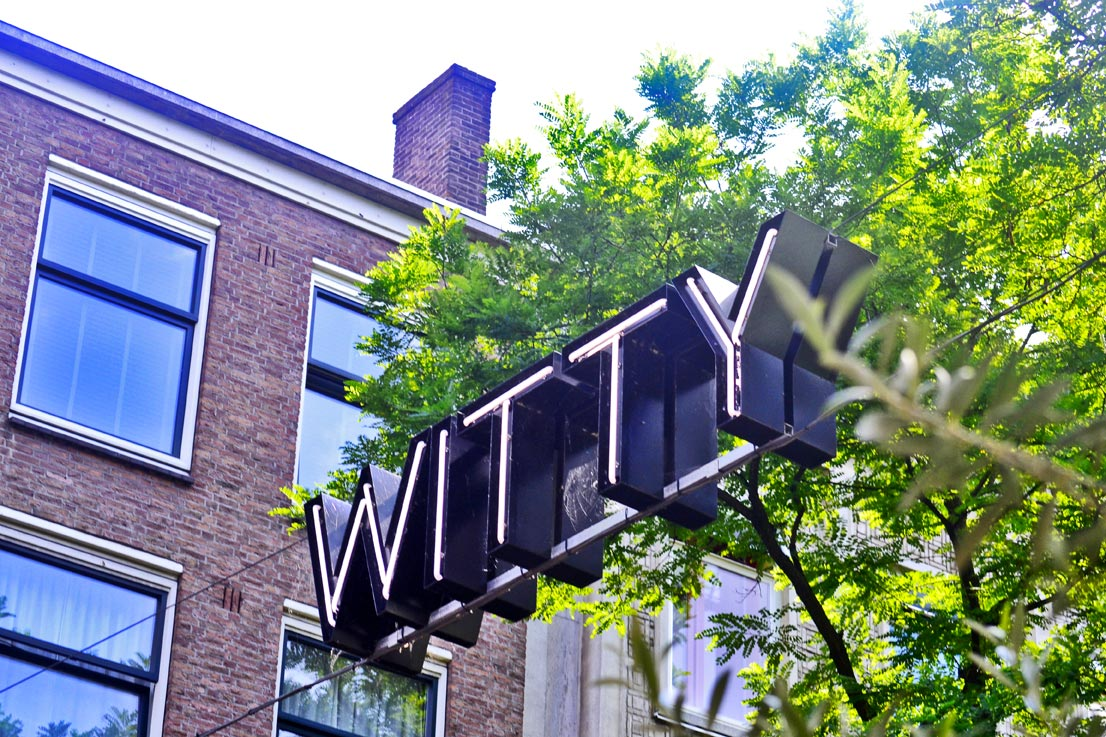 Letras Witty calle centro Rotterdam