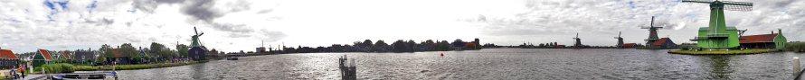 Panorámica molinos y casas Zaanse Schaans canal