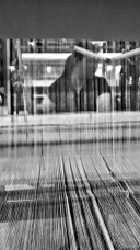 Tailandesa tejiendo máquina hilo tejer Chiang Mai blanco y negro