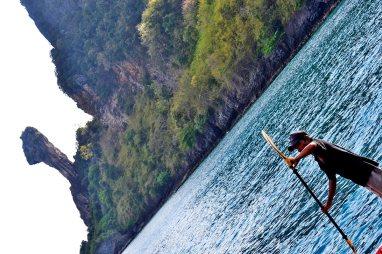 Tailandés paddle sur Chicken Island Krabi Tailandia